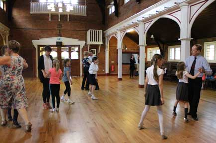 Children-Ballroom-dancing-lessons-south-woodford
